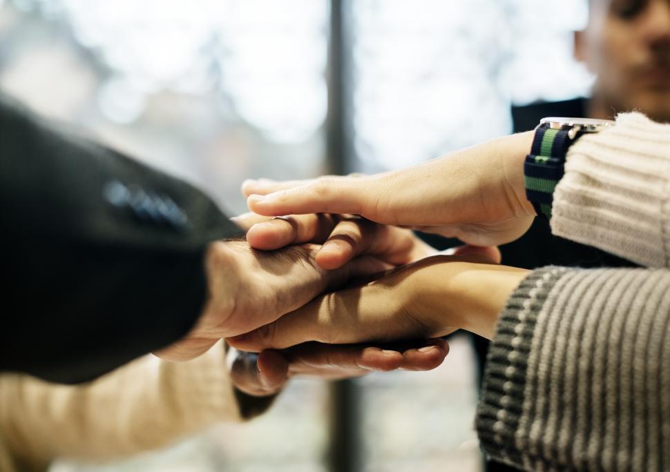 Symbolbild kooperative Hände